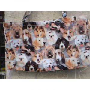 Grand sac decore de differentes tetes de chiens